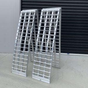 Heeve H0040 1-tonne pair of ramps